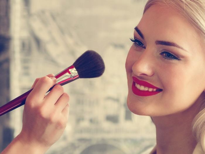 usos desodorante, maquillaje dure más