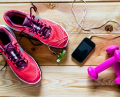rutinas-ejercicios-personas-sobrepeso-euroresidentes-zapatillas