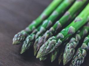 Alimentos que producen mal olor corporal