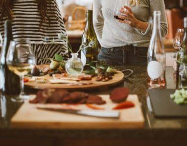 Coronavirus y comidas familiares o con amigos: cosas a tener en cuenta para evitar contagios