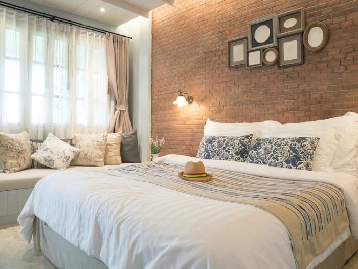 decorar habitación de invitados cama