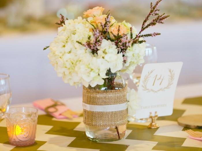 Decoracion mesas bodas originales discos de vinilo para for Decoracion bodas originales