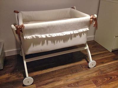 mini cuna de bebé