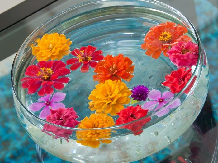 Flores flotando decoración