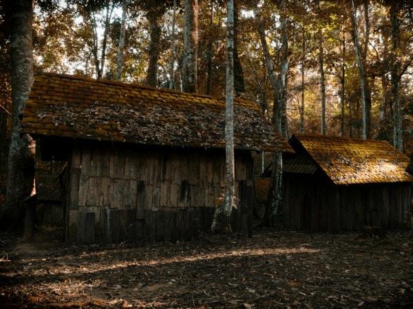 8 cosas que no nos dicen cuando compramos una casa antigua - Cambiar tejado casa antigua ...