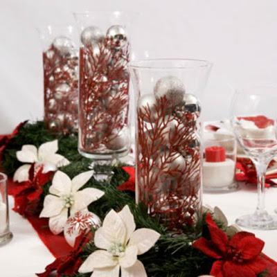 5 formas de decorar con candelabros tu mesa en navidad - Adornos navidenos para mesas ...