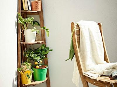 tips_decorar_balcon_terraza_estanteria