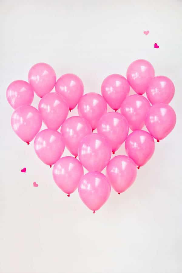 San Valentín: Corazón con globos