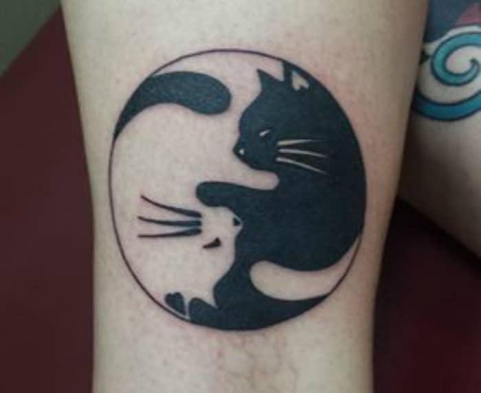 Ying Yang tatuaje gatos