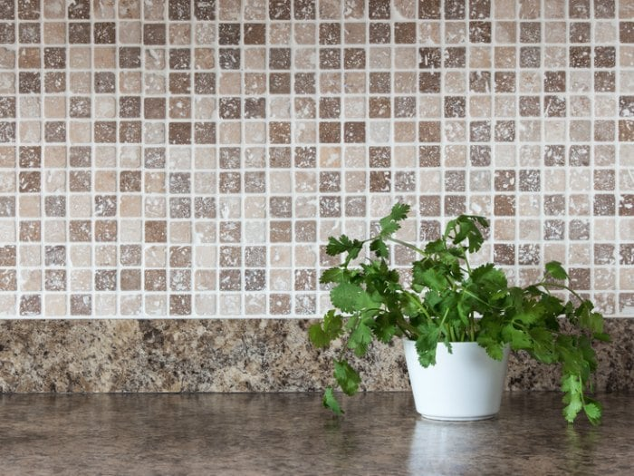 C mo sustituir azulejos trucos de bricolaje - Como limpiar los azulejos de la cocina muy sucios ...