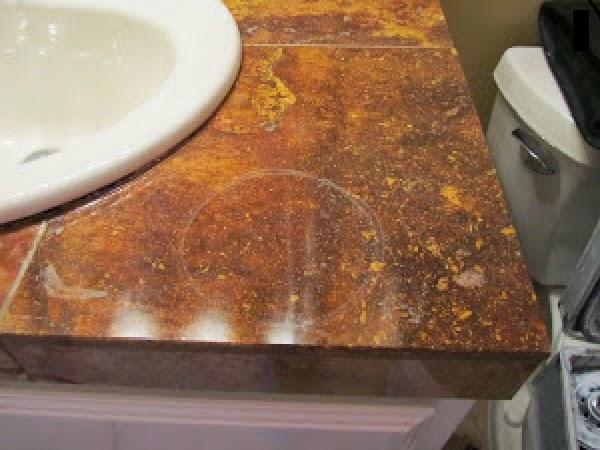 C mo limpiar las manchas en el m rmol trucos de bricolaje for Limpiar manchas en el marmol