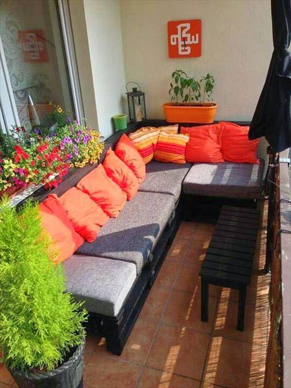 15 piezas inspiradoras de mobiliario reciclado hecho con for Sofa exterior palets