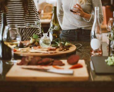 Comidas familiares o con amigos pautas para evitar posibles contagios