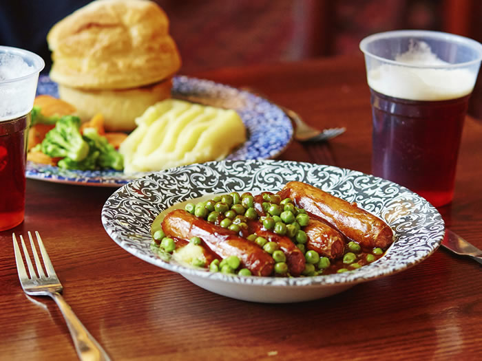 Los consejos imprescindibles para comer en los pubs ingleses