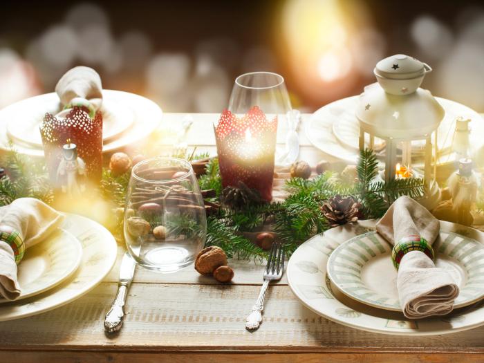 decorar mesa clásica navidad