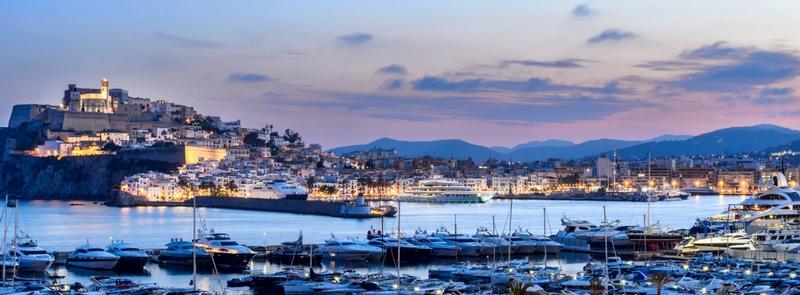 Ibiza: cómo disfrutarla según los ibicencos y algún que otro guiri