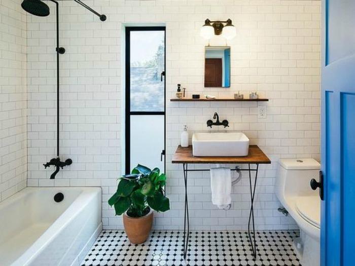 15 ideas originales para decorar las paredes de tu baño