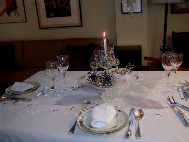 Mesa clasica de navidad for Mesa de navidad elegante