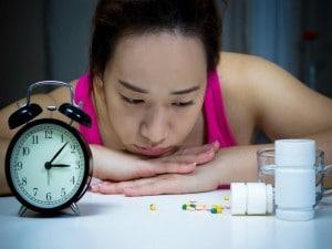 Riesgos de automedicarse para el insomnio