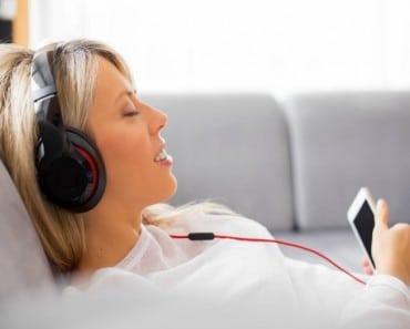 La música es beneficiosa antes, durante y después de una cirugía