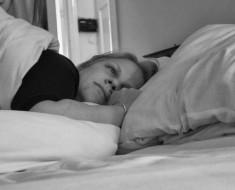 falta-de-sueño-y-enfermedad-de-Alzheimer1