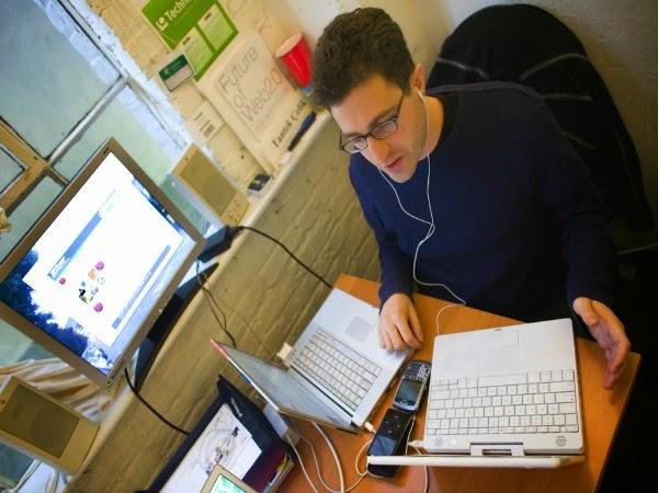 Usar al mismo tiempo varios dispositivos multimedia puede alterar el cerebro