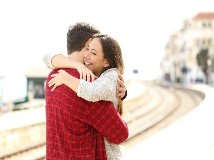 Lo buenos que son los abrazos para la salud