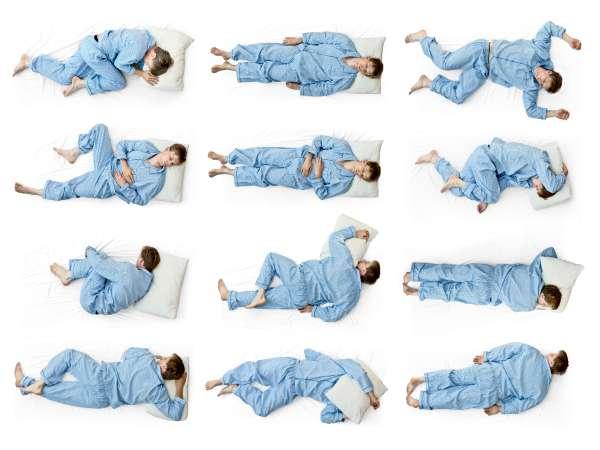 Tu posición al dormir podría reducir el riesgo de Alzheimer