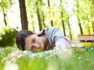 Astenia primaveral: el motivo por el que te sientes más cansado en primavera