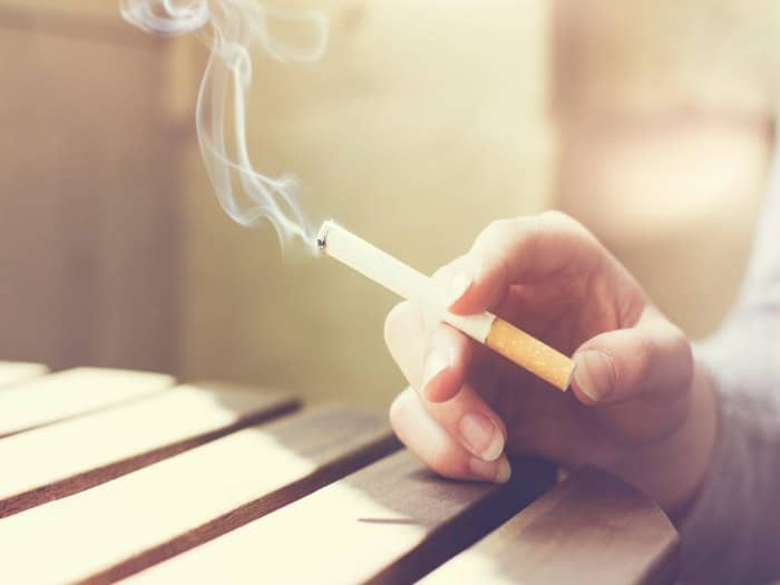 Consecuencias fumar un paquete al día