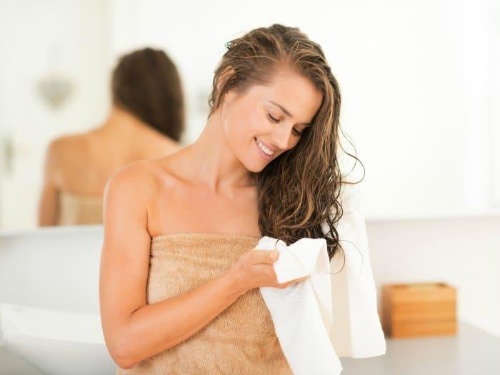 Por qué deberías lavar las toallas con más frecuencia