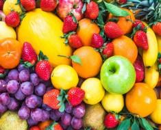 Comer mucha fruta también engorda