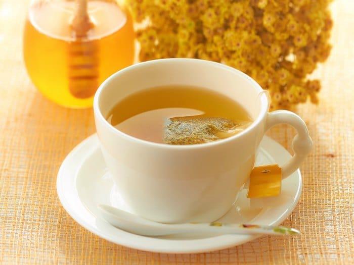 Infusión con miel para dormir bien