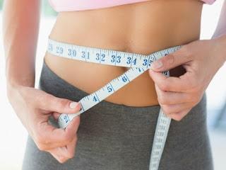 Las mujeres acumulan menos grasa abdominal