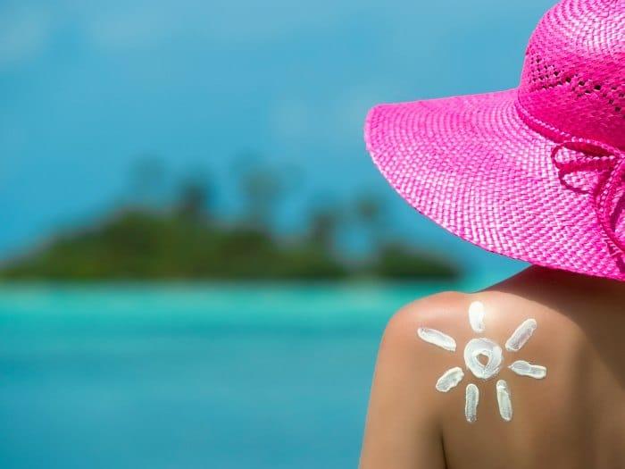 Qué alimentos pueden proteger del sol