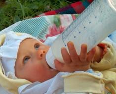 gluten-y-lactancia-materna-influyen-en-la-enfermedad-celiaca