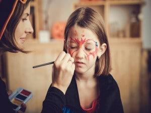 Cuidado con los maquillajes de disfraces