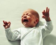 Motivos por los que llora un bebé