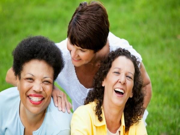 ¿Por qué algunas mujeres lo pasan peor en la menopausia que otras?