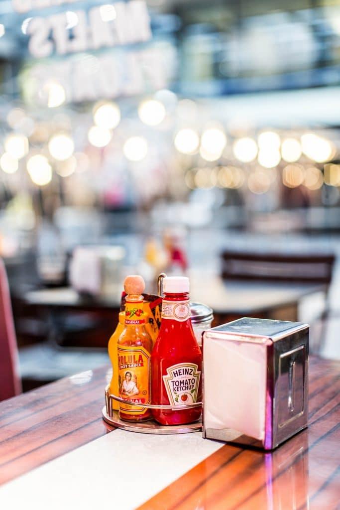 ¡Cuidado con el ketchup de los restaurantes!