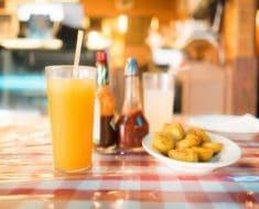 Cuidado con las salsas de los restaurantes