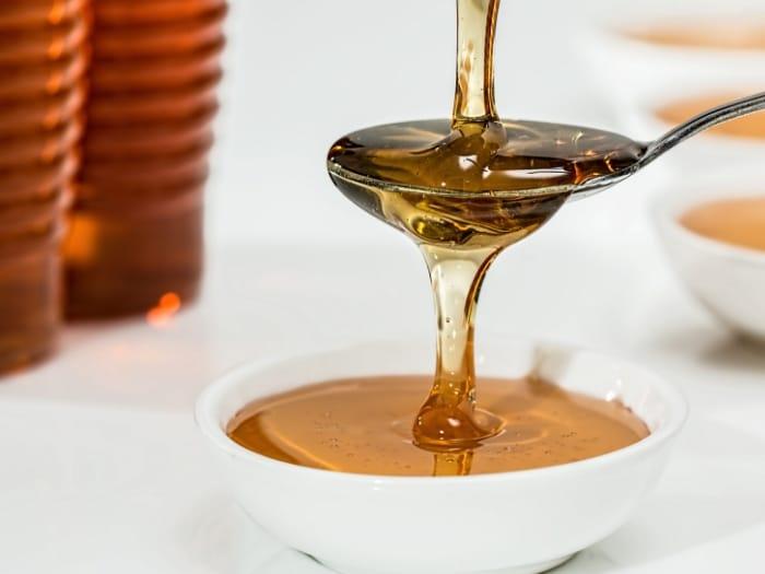 Cómo distinguir una miel de calidad de otra que no lo es