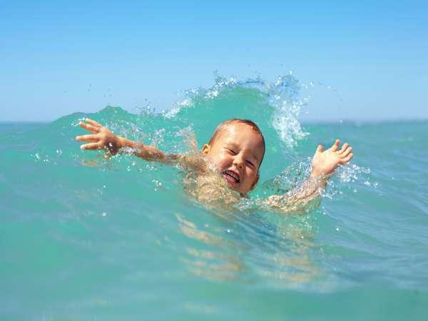 ¡Cuidado con el ahogamiento secundario en los niños!