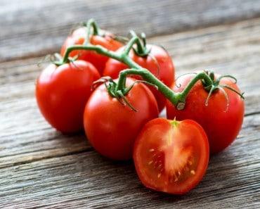 Porqué no debes guardar los tomates en la nevera
