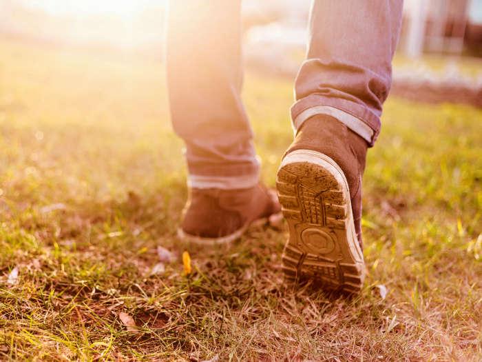 soñar con andar