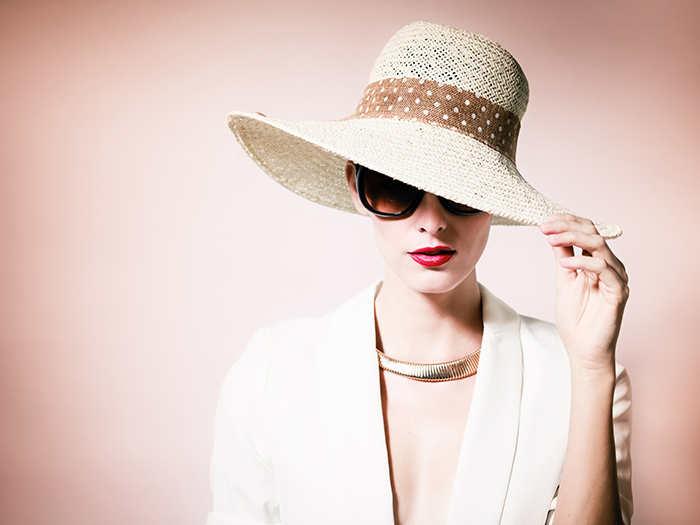 soñar con sombrero