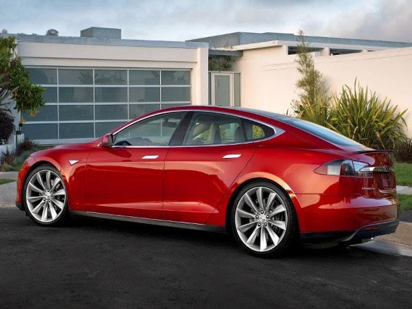 Coche eléctrico sedán Model S de Tesla