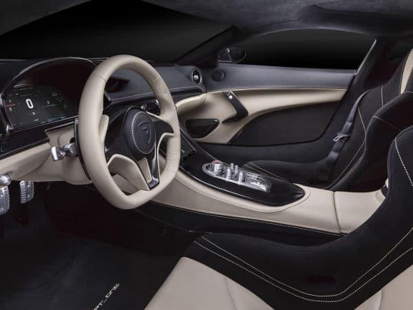 Interior del Concept One de Rimac, el coche eléctrico más rápido del mundo