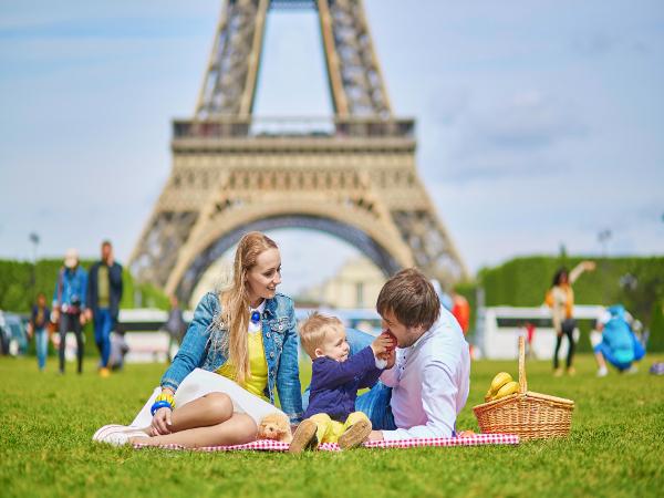Familia en París