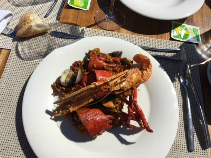 Paella de Bogavante con gamba roja y cigalas